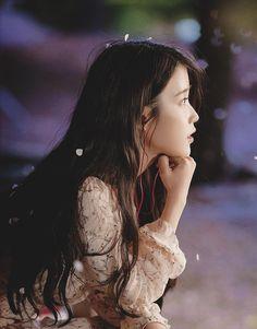 My beautiful girl~🍭 Lee Ji-Eun Kpop Girl Groups, Kpop Girls, Korean Beauty, Asian Beauty, Korean Girl, Asian Girl, Iu Twitter, Oppa Gangnam Style, K Wallpaper