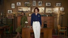 Frankie Drake Mysteries: Ovation Acquires Two Seasons of Canadian Detective Drama - canceled + renewed TV shows - TV Series Finale Mystery Tv Shows, Lauren Lee Smith, Mystery Photos, Showtime Series, Newest Tv Shows, Black Costume, Canadian Actresses, Period Dramas, Great Movies
