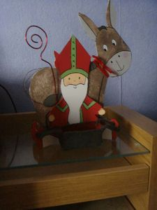 bricolage st nicolas - Recherche Google Saint Nicholas, Patron Saints, Edd, Preschool Activities, Art Lessons, Creations, Photos, Christmas Ornaments, December