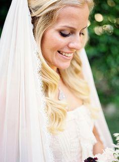 Ohhhh I love Wedding Hair...
