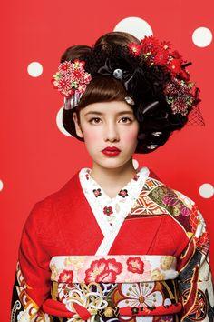 Wedding Kimono Wedding Corset, Wedding Kimono, Kimono Japan, Japanese Kimono, Japanese Outfits, Japanese Fashion, Kimono Design, Japanese Wedding, Summer Kimono
