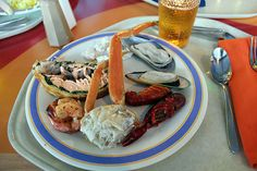 Disney Wonder Restaurants | Disney Wonder Dining: The Beach Blanket Buffet