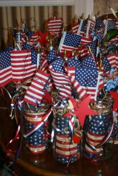 Eagle Scout Decorations | ... Each Day: Table Decorations for Cub's Scouts Blue and Gold Banquet