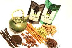 té indio o chai - Puede o no gustarte, pero el té chai, esta mezcla tan particular de hierbas y especias tan identificativa de la cultura oriental, en específico, de la India, puede ofrecerte una gran cantidad de beneficios: además de ser de gran ayuda para reforzar el sistema inmunológico, se sabe que es útil para nivelar los niveles de colesterol y de la presión arterial, en casos de colesterol alto e hipertensión, respectivamente.    Asimismo, se le atribuyen propiedades anticancerígenas.