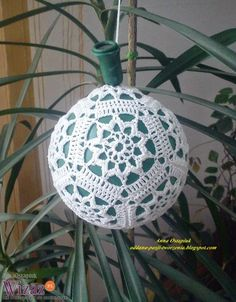 1 million+ Stunning Free Images to Use Anywhere Christmas Crafts To Sell, Crochet Christmas Ornaments, Christmas Crochet Patterns, Crochet Snowflakes, Handmade Christmas Decorations, Crochet Flower Patterns, Christmas Baubles, Simple Christmas, Holiday Crafts