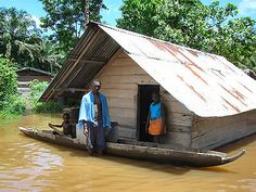 Suriname - veelzijdig land in Zuid-Amerika  Land van tradities, grote rijkdom aan cultuur en natuur en het land van de eeuwige zon.