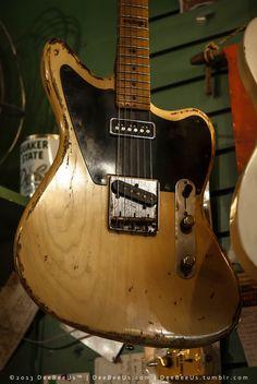 "sexyguitarsandwhatnot: ""deebeeus: "" More schtuff from my weekend trip to Capsule Music in Toronto: • 1963 Fender Jazzmaster? NO! 2013 Nash J-63! • Rock N Roll Relics ""Jazzbastard"" • Moored sailboats, Lake Ontario, Toronto. • Rock N Roll Relics..."