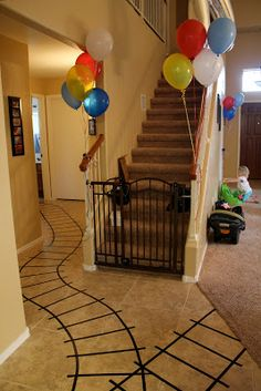 Great ideas for a train birthday party. @Kellie Dyne Dyne Dyne Dyne Dyne Dyne Richards carter would looooove this!