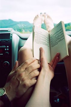 road trip love - looks like heaven. road trip, feet kicked up reading a book and your love's hand on your skin. what a loving connection it must feel like. Jolie Photo, Hopeless Romantic, Cute Couples, True Love Couples, Let It Be, In This Moment, Explore, Adventure, Places