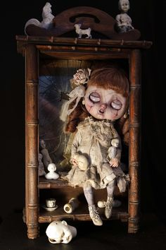 Miss Polly had a Dolly Ooak Dolls, Blythe Dolls, Art Dolls, Creepy Art, Creepy Dolls, Scary, Arte Horror, Horror Art, Art Sinistre