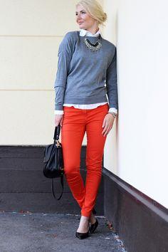 Sweater: Zara / Shirt: Armani / Jeans: HM / Shoes: Mango / Necklace: Lindex