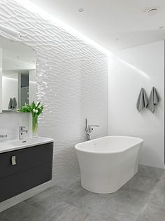 Bathroom wall with texture, Photo by: Apartment on Alexander Nevsky St by Alexandra Fedorova (20)
