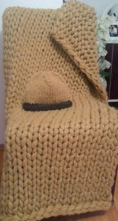 DIY Chunky knit blanket, mohair blanket, bej, throw www.etsy.com/shop/theknitbeyond