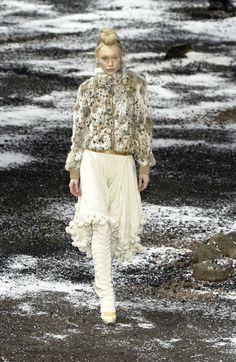 Alexander McQueen at Paris Fall 2003