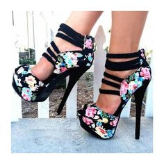 Shoespie Flower Print Peep Toe Back Zipper Platform Heels ($377) ❤ liked on Polyvore featuring shoes, pumps, high heels, peep-toe pumps, high heel pumps, peep toe pumps, floral print pumps and platform shoes
