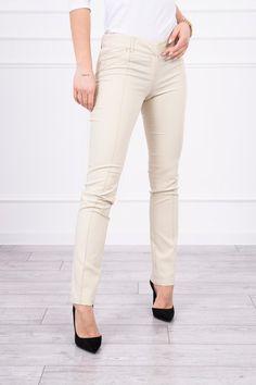 Khaki Pants, Capri Pants, Model, Fashion, Khakis, Capri Trousers, Moda