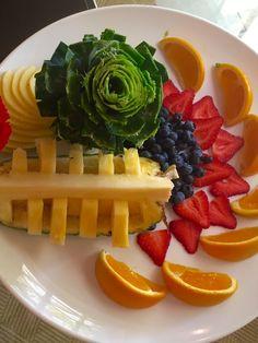 Fruit carving techniques at Veranda E!