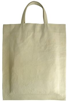 Soft embossed white leather An internal open pocket 46x37cm