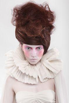 Photos : Vasilis Topouslidis  Model : Hanna(VN Models)  Styling : Klea Kokalari  Make Up : Frantzeska Koukoula  Hair style : Archontopoulos Dimitris