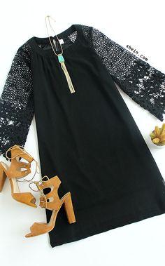 Hollow Out Crochet Sleeve Tunic Dress