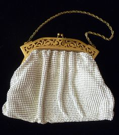 Ivory-colored 1940s Whiting & Davis bag