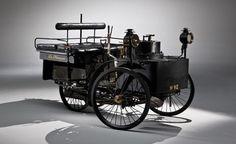 Primer vehículo con motor de combustión interna - 1876