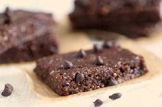 Chocolate Chip Brownie Energy Bars | GI 365