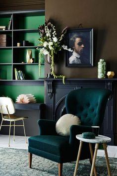 Touches de vert foncé pour un intérieur élégant