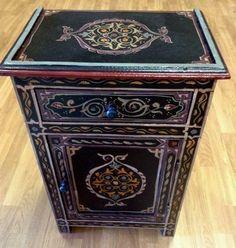 Moroccan Handpainted Nightstand End Wood Table Arabic Design Furniture Black #Handmade #Moroccan