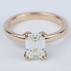This Rose Gold Solitaire Ring Is Anything But Simple The Double Claw G Setting