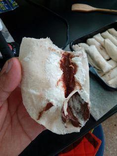 Burrito de queso philadelphia y nutella.