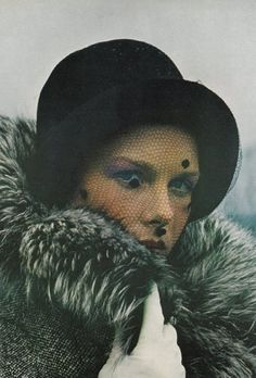 Real-Life FashionVogue US, July 1971Photographer: Gianni Penati Model: Pat Dow