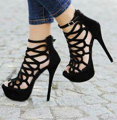 Imagen de shoes, black, and heels