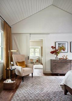 Keltainen talo rannalla: makuuhuone