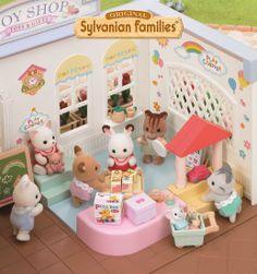Les enfants prennent beaucoup de plaisir à jouer dans le magasin.
