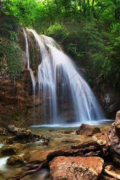 A Little Waterfall - Wall Mural & Photo Wallpaper - Photowall