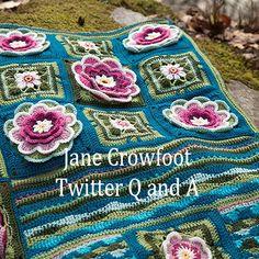 Aquí están las instrucciones paso a paso, simples, en varias libros para abrir y hacer este maravilloso afghan Crochet AlongStylecraft Crochet Along