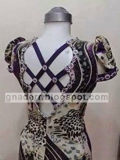 Neck Designs For Suits, Blouse Back Neck Designs, Abaya Fashion, Skirt Fashion, Fashion Outfits, Plus Size Gala Dress, Island Wear, Kurta Neck Design, Baby Frocks Designs