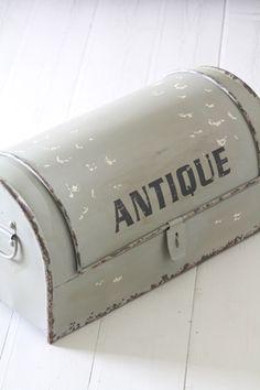 Rautalaatikko Antique Vihreä. 99,90e