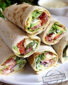 Wraps Mini BLT Wraps - easy and great for get togethers. {The Girl Who Ate Everything}Mini BLT Wraps - easy and great for get togethers. {The Girl Who Ate Everything} Think Food, I Love Food, Food For Thought, Good Food, Yummy Food, Tasty, Snacks Für Party, Lunch Snacks, Appetizers For Party