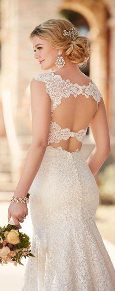 Essense of Australia Fall 2016 Wedding Dress