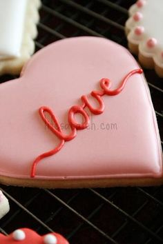 simple beautiful Valentine Cookies