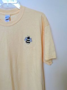 """""""Bumblebee Embroidered Tee"""" by OneFineLime Mode Style, Style Me, Vetements Shoes, Cool Outfits, Fashion Outfits, Fashion Fashion, Fashion Ideas, Vintage Fashion, Looks Cool"""