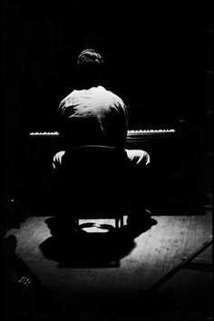 Jazz pianist Dave Brubeck, New York City Elliott Erwitt, 1954 Jazz Artists, Jazz Musicians, Live Music, My Music, Dave Brubeck, Elliott Erwitt, Piano Man, Documentary Photographers, Jazz Blues