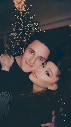 Ariana Grande Album, Ariana Grande Cute, Ariana Grande Photoshoot, Ariana Grande Pictures, Barbie, Ariana Instagram, Ariana Grande Wallpaper, Doja Cat, Queen