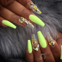 """1,665 Likes, 5 Comments - ReCreations & Inspirations (@vanessanailzfeatures) on Instagram: """"These @fiina_naillounge ✨"""""""