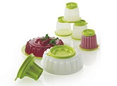 MsLowrie@my.tupperware.com