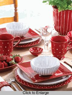 Table Setting In Red - Rosso Vecchio Dot Dinnerware - Vietri