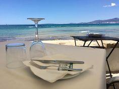 Die schönsten Restaurants mit Meerblick auf Mallorca - COOKIES FOR MY SOUL Longchamp, Strand, Restaurants, Tote Bag, Places, Bags, Spain, Majorca, Nice Asses