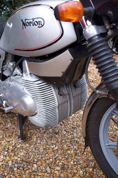 Antique Motorcycles, American Motorcycles, Moped Motor, Wankel Engine, Motorcross Bike, Norton Motorcycle, Motorcycle Engine, Old Bikes, Classic Bikes